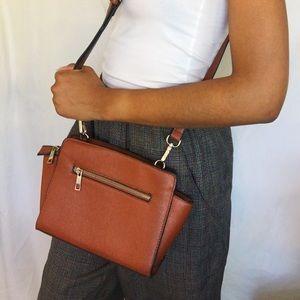 Handbags - BROWN LEATHER CROSSBODY BAG